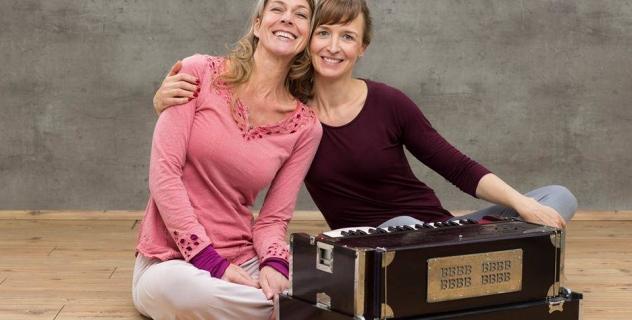 SPECIAL: Mantra Yoga mit Andrea und Anyogi